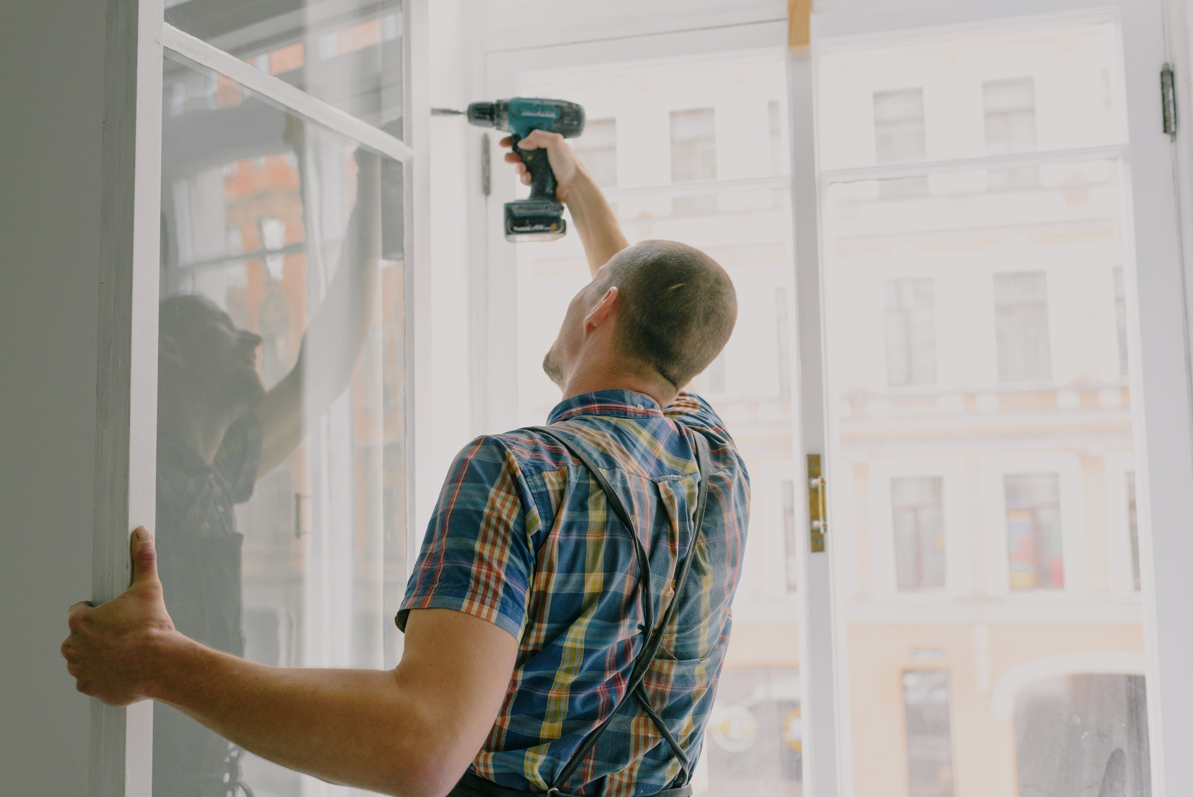 Person at work using a drill